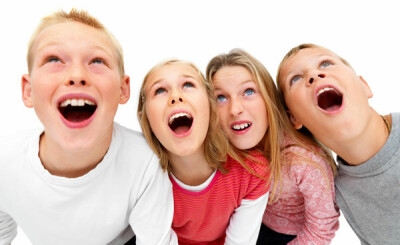 children-4-kids-looking-up